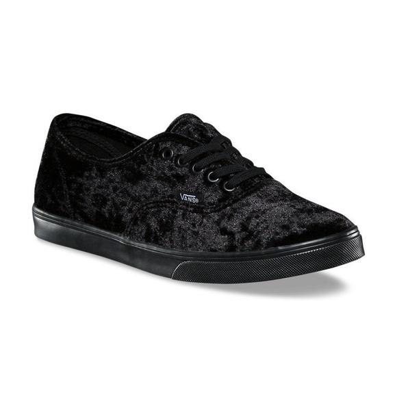4a6baf4e62 Vans Authentic Lo Pro (Velvet) Black Black
